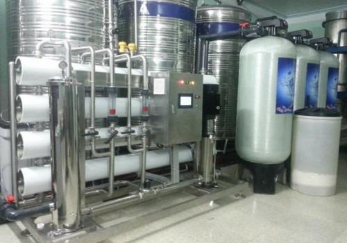 Giải pháp điều khiển tự động hệ thống máy lọc nước RO công nghiệp
